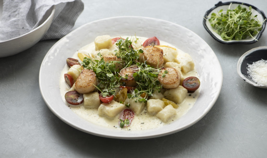 Gnocchi with Seared Scallops in Cream Sauce