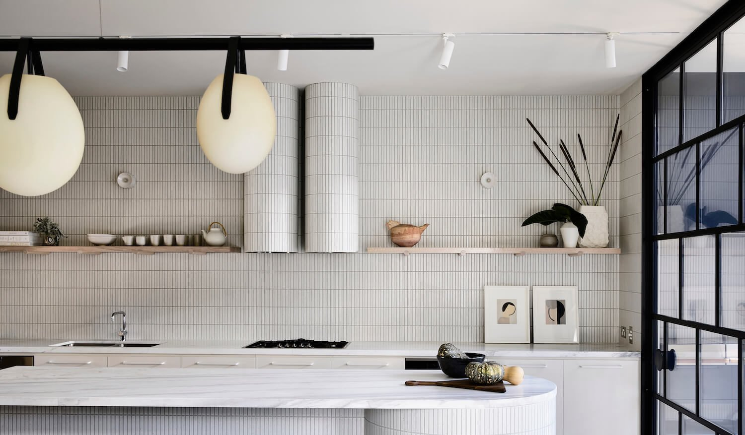 White Kitchens: Timeless and Classic