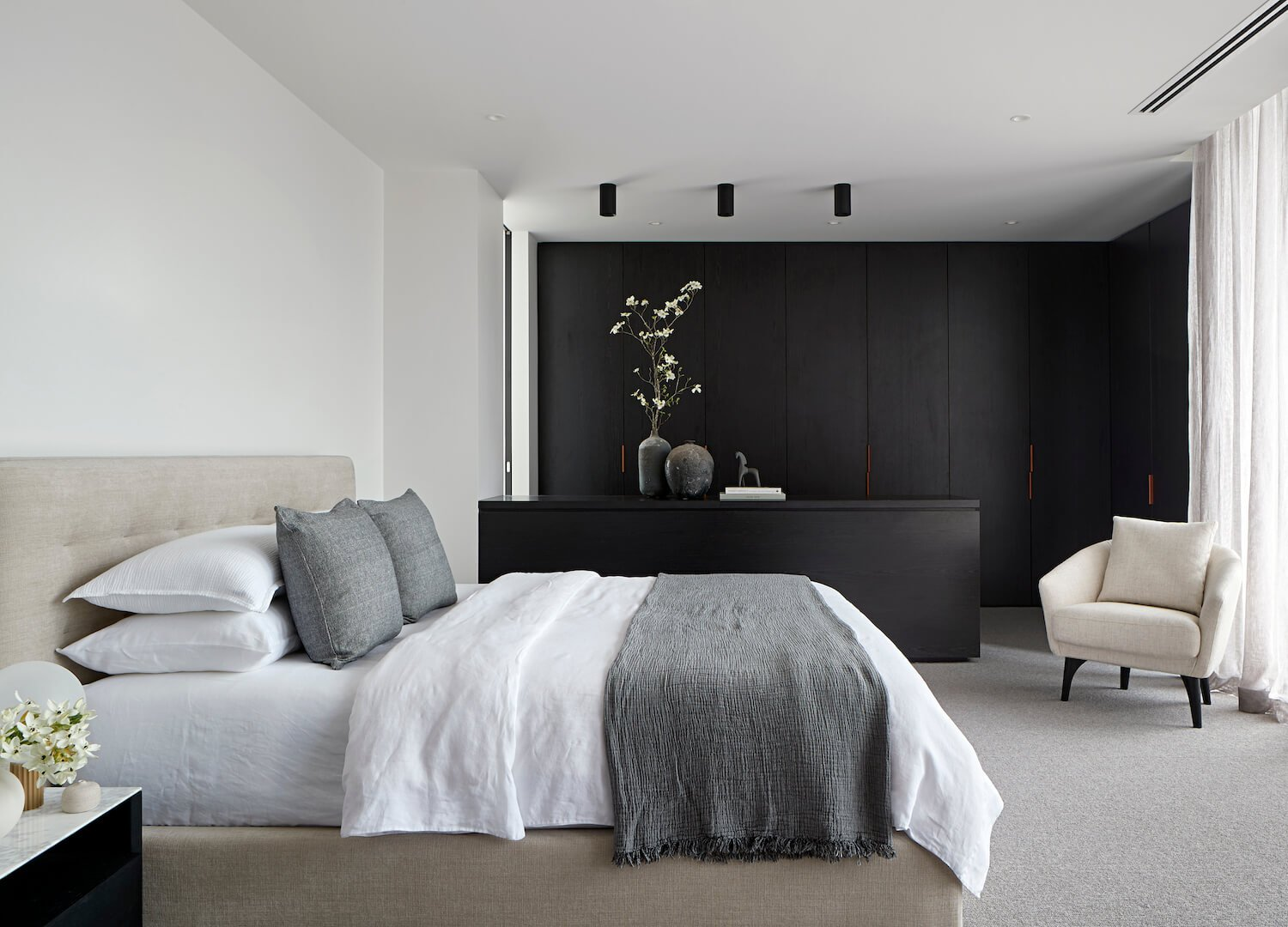 Bobby On A Budget Textural Neutral Bedrooms And How To Get The Look For 2 500 Bobby Berk