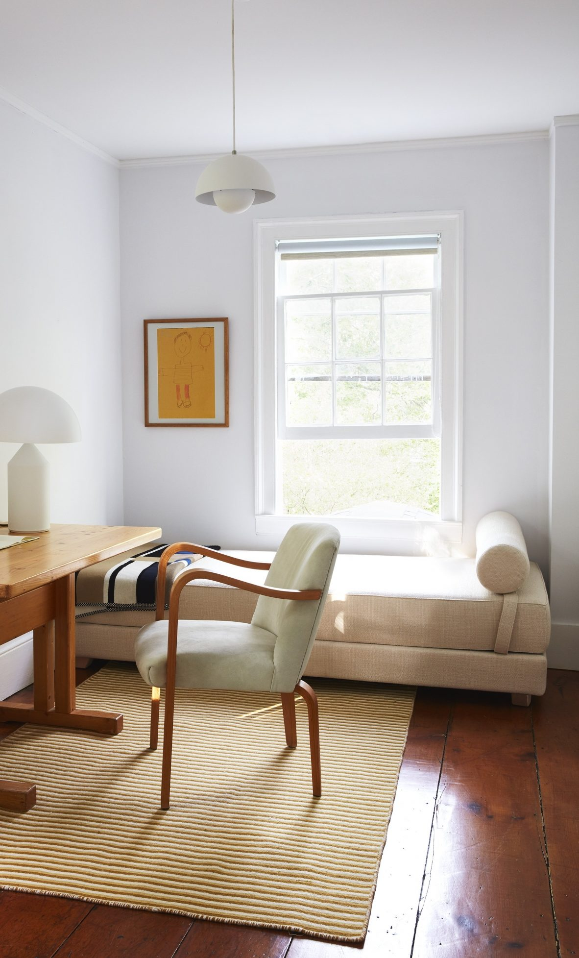 Daybeds The Versatile Furniture Piece You Need A Roundup Of Our Favorites Bobby Berk
